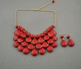 Sale 2013 red Beadwork bib necklace,Teardrop-shaped necklace, bubble necklace,bib Bubble Necklace,drape bib necklace