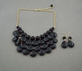 Sale 2013 black Beadwork bib necklace,Teardrop-shaped necklace, bubble necklace,bib Bubble Necklace,drape bib necklace