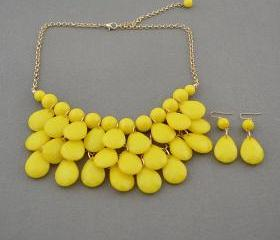 Sale 2013 yellow Beadwork bib necklace,Teardrop-shaped necklace, bubble necklace,bib Bubble Necklace,drape bib necklace